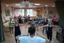 Танцы проект Московское долголетие