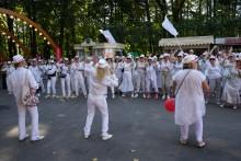 Парад шапо 27